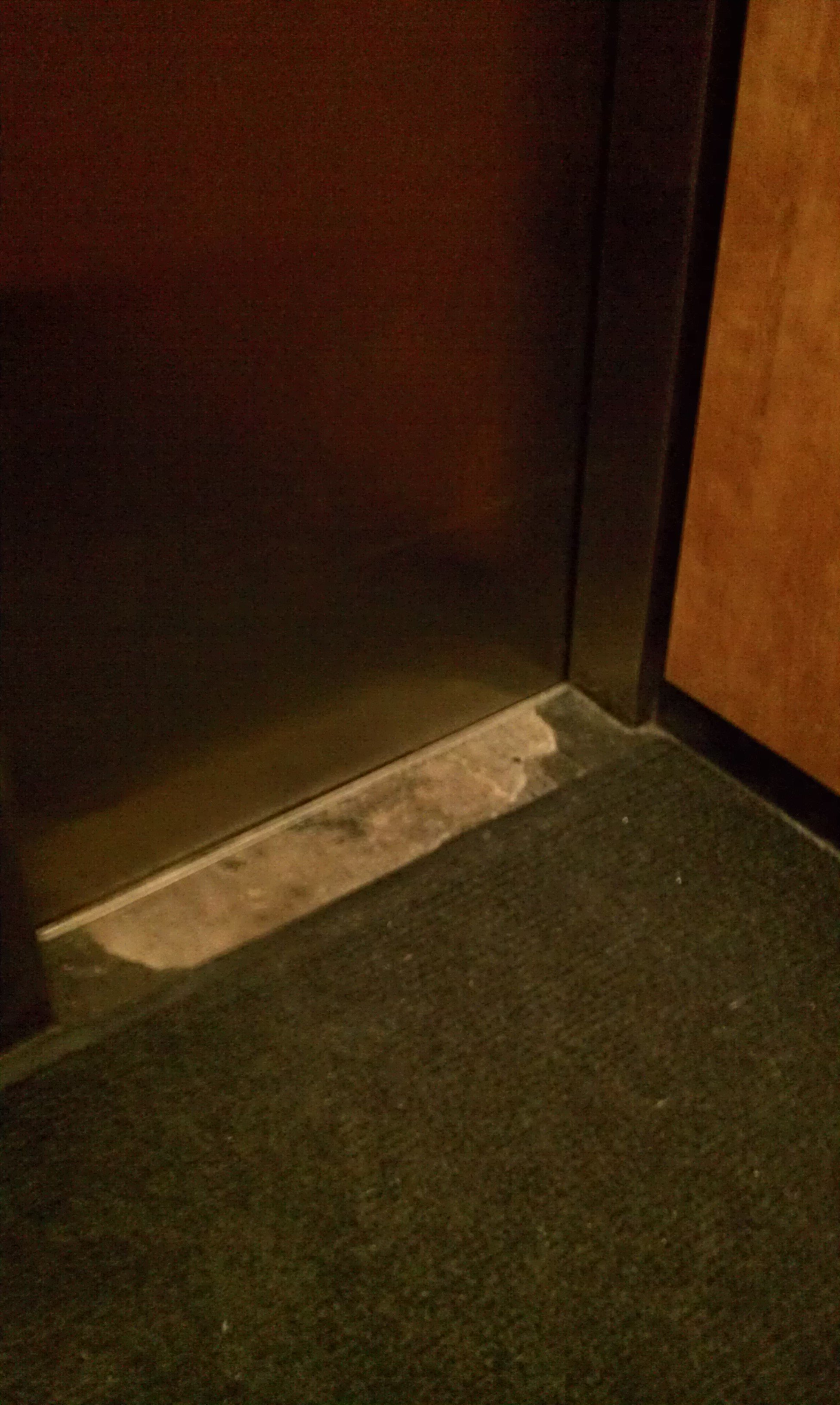 Metal studded rubber flooring for Elevator flooring options