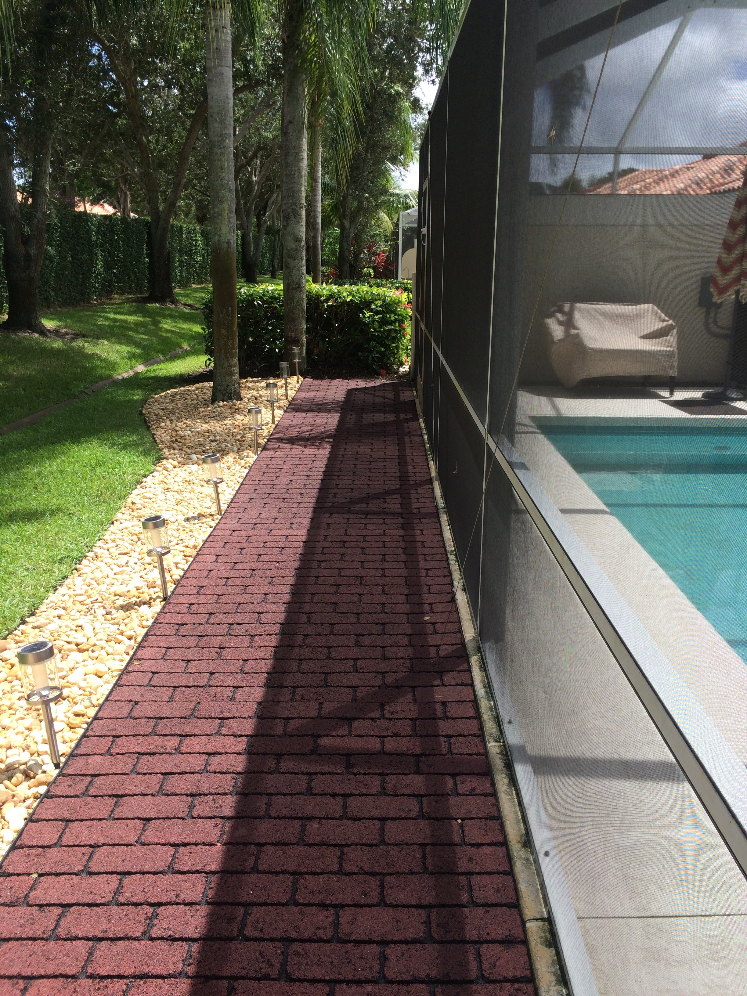 Dynamic Recycled Rubber Ez Brick Pavers